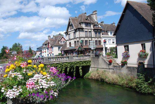 1- provence7.com / 2- cartesfrance.fr / 3- tripadvisor.fr