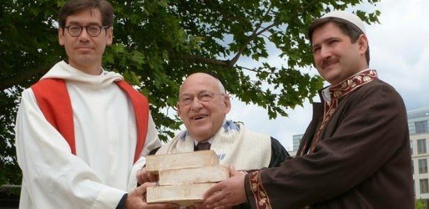 Toujours en route vers l'œcuménisme : la religion unique