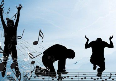 Chanter et louer Dieu lorsque les circonstances sont mauvaises, c'est lancer des pierres à Satan