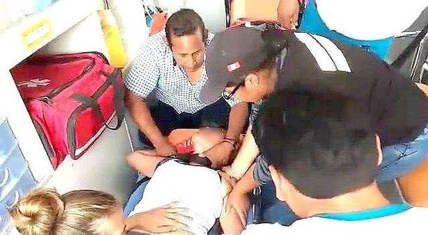 Perou : Deux adolescentes font une crise de possession après un message sur whatsapp !