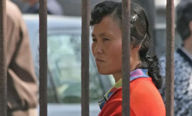 « Si tu as des problèmes, tu dois prier » : Une chrétienne torturée en prison raconte comment la prière l'a soutenu