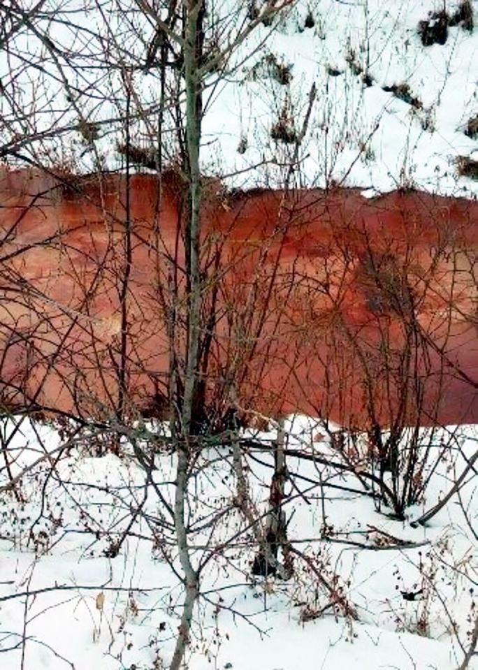 Russie : Une nouvelle «rivière rouge sang» mystifie la Russie, les experts n'en connaissent pas encore la cause