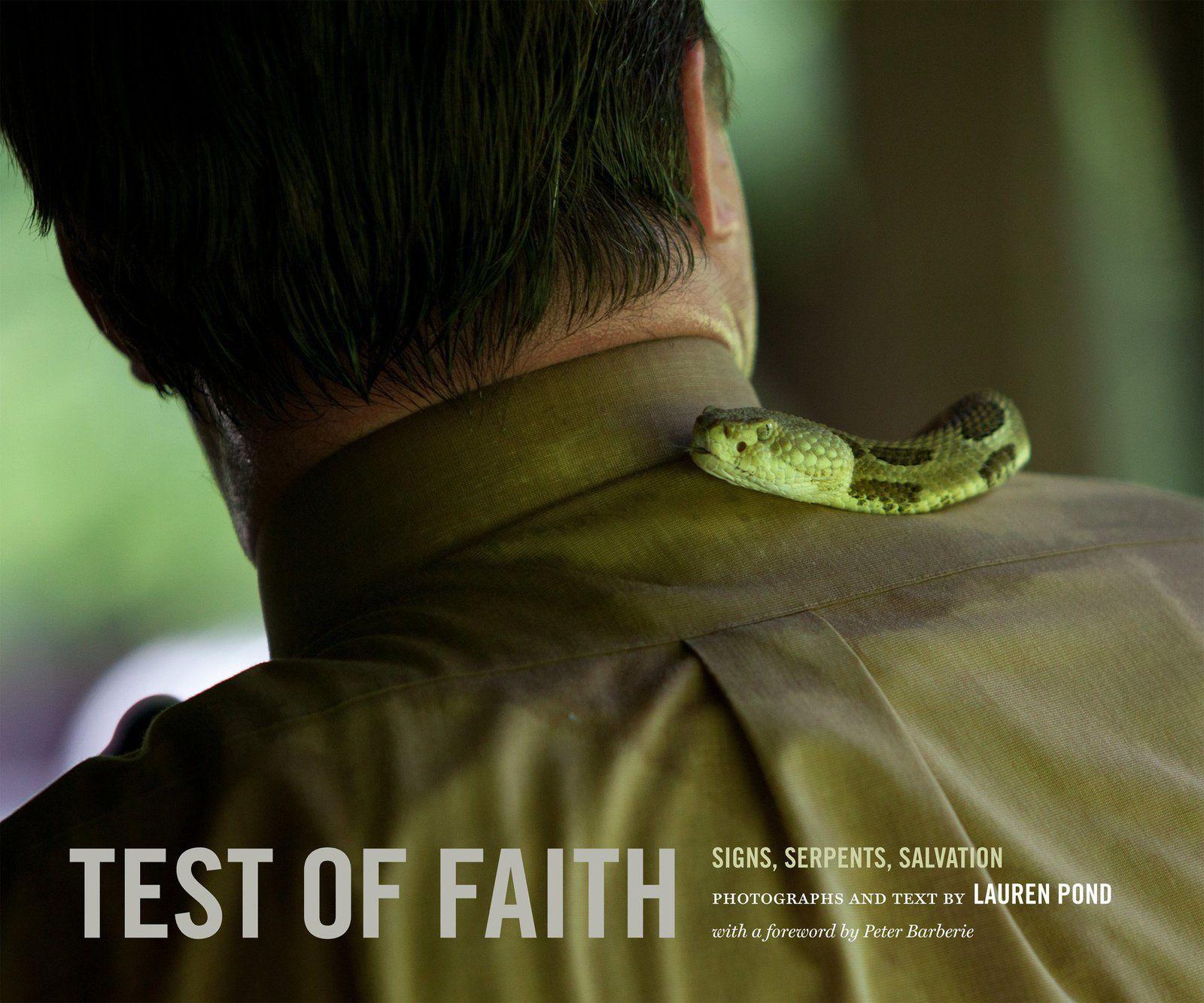 Etats-Unis - Les églises qui testent la foi avec des serpents existent toujours !