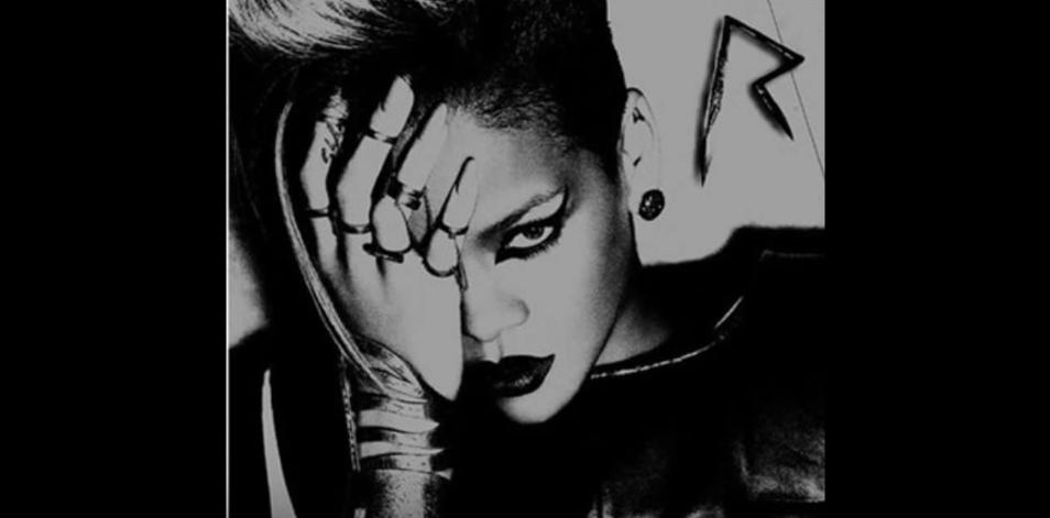 En 2011 le coiffeur de Lady GaGa affirmait qu'elle était une adoratrice du diable qui parle en langues et le nombre 666 est tatoué sur son cuir chevelu