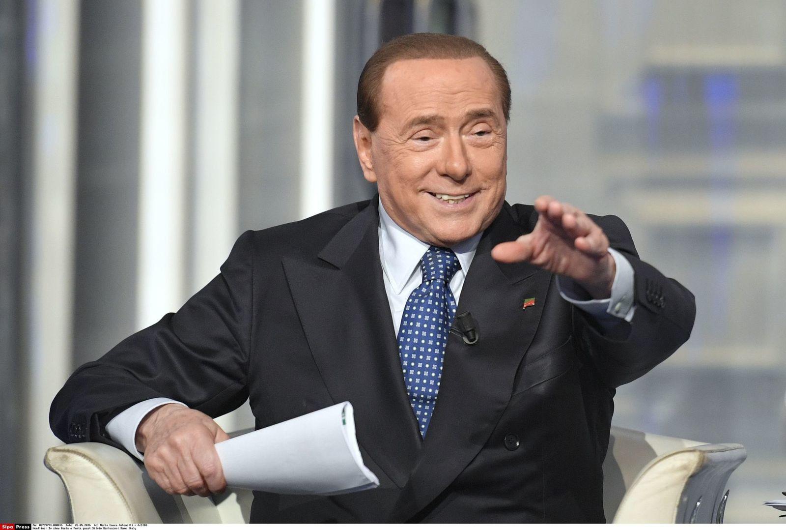 L'ex-mannequin qui prétendait que Silvio Berlusconi organisait chez lui des rituels sataniques est décédée des suites d'un «empoisonnement»