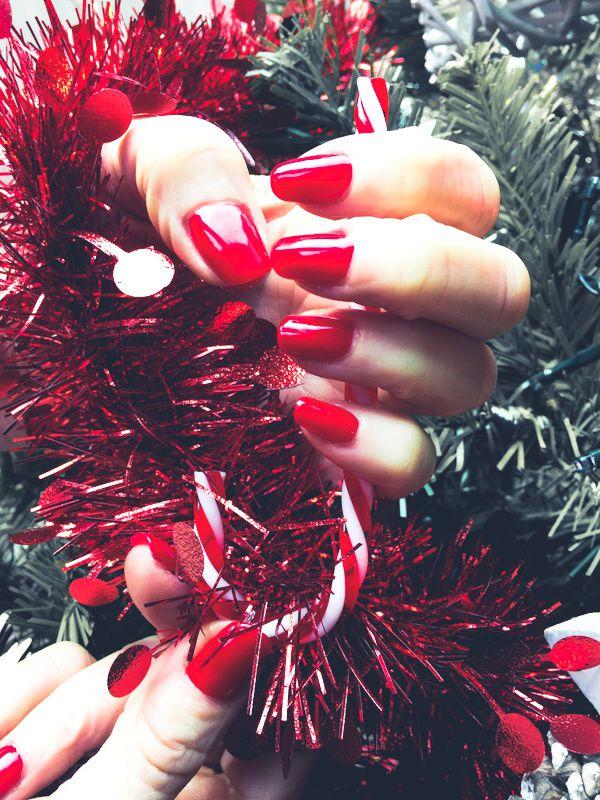 Vernis semi permanent rouge pour Noël 2019