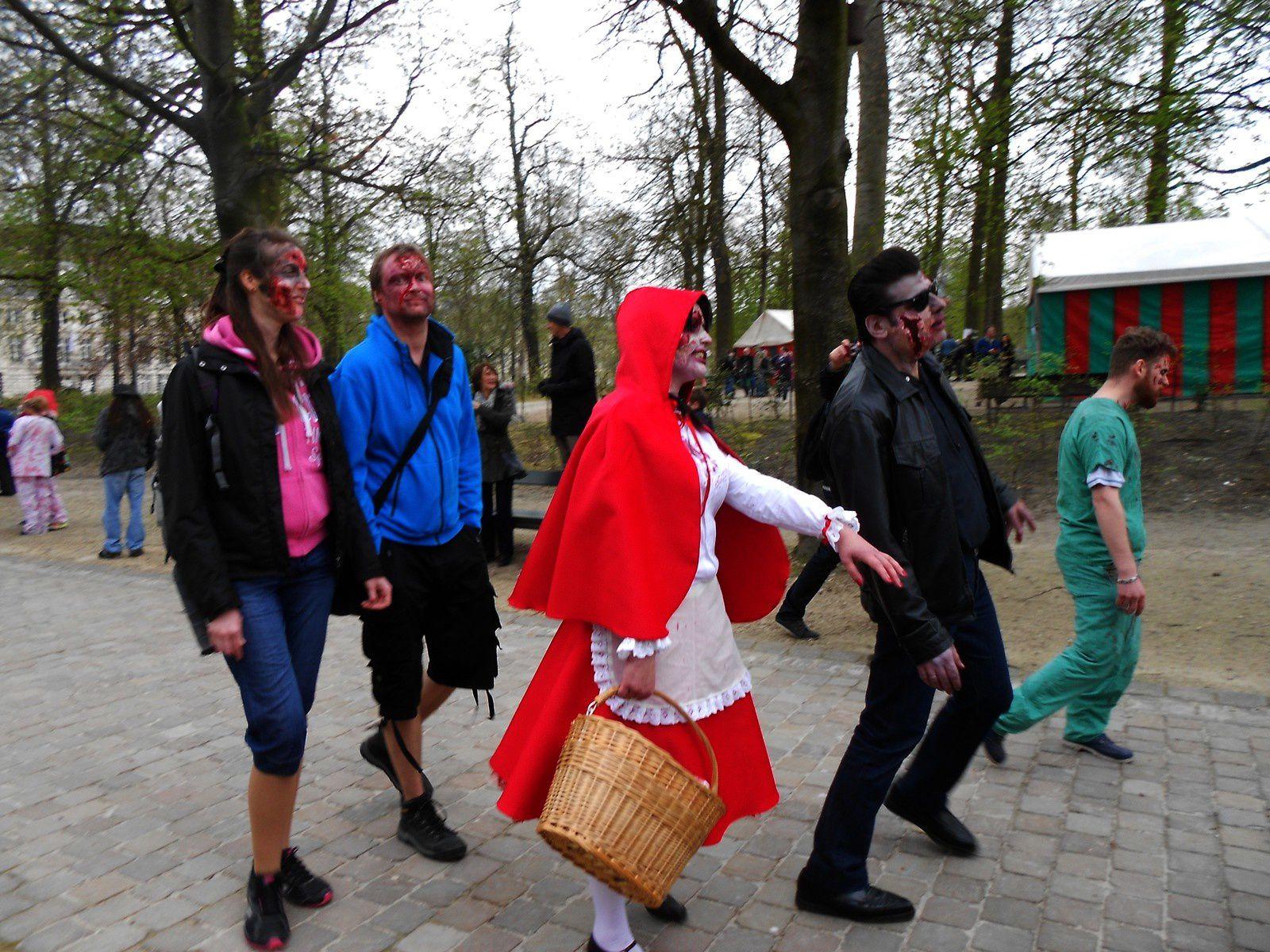 Zombie Walk du BIFFF 2015, à suivre...