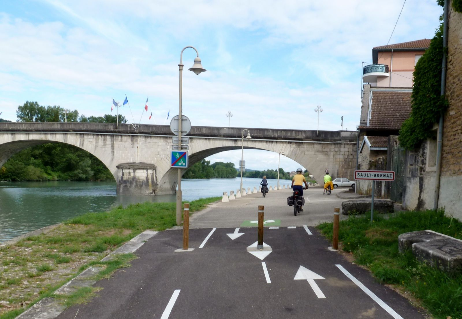 Autour de ViaRhôna - voie verte Villebois Lagnieu