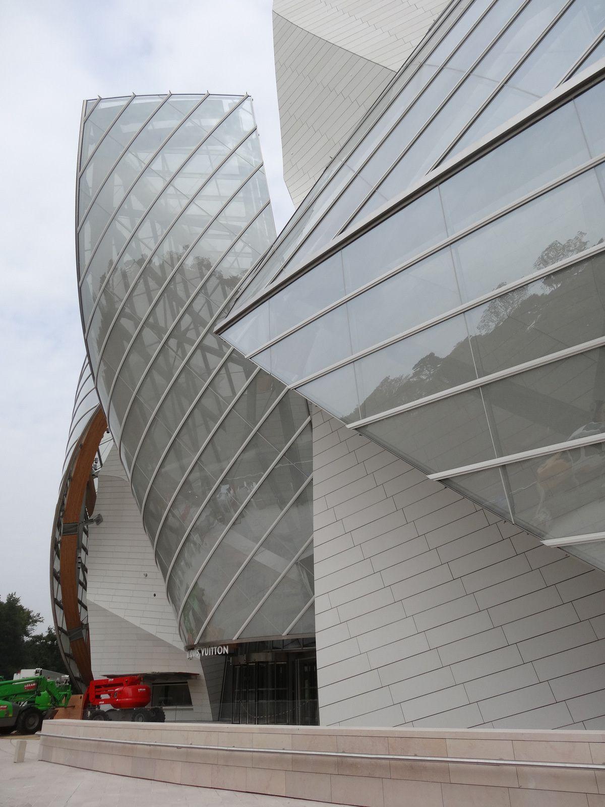 La Fondation Vuitton de Frank Gehry à Paris - sa construction en 9 images