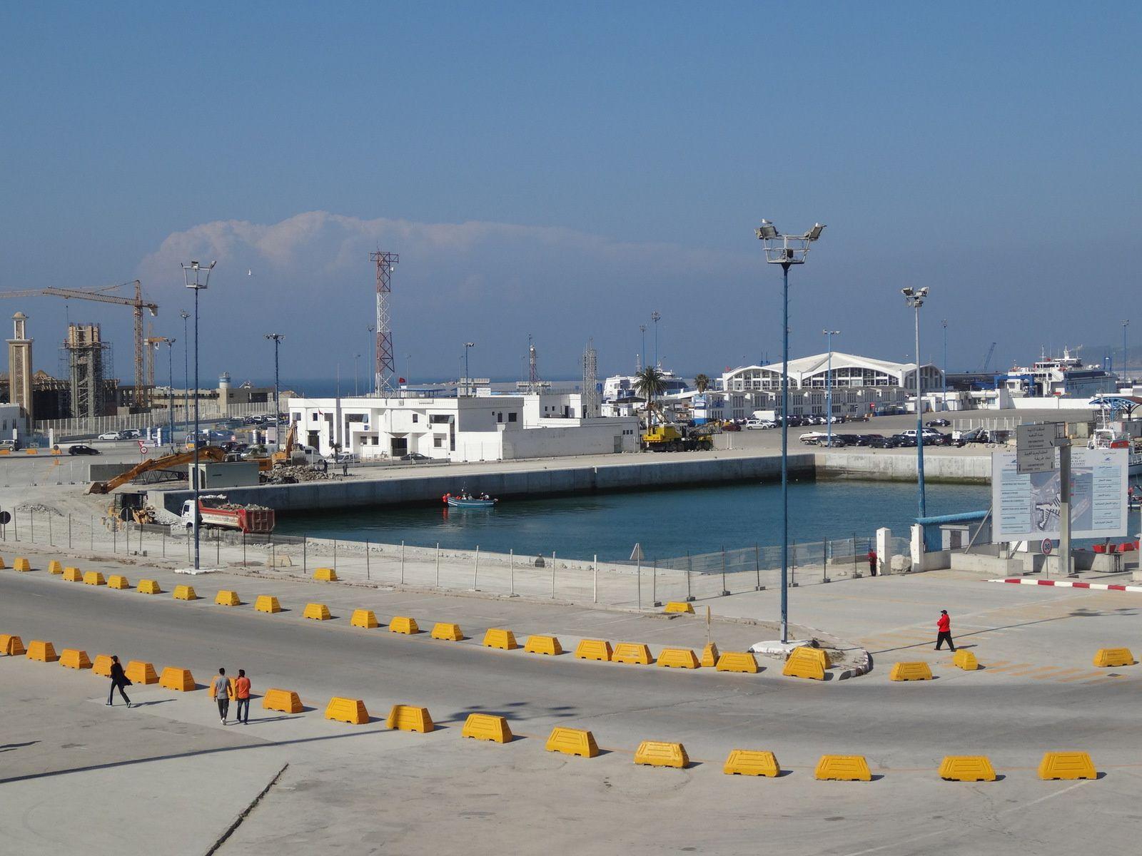 Les travaux du port de Tanger : le réaménagement des quais du port de plaisance