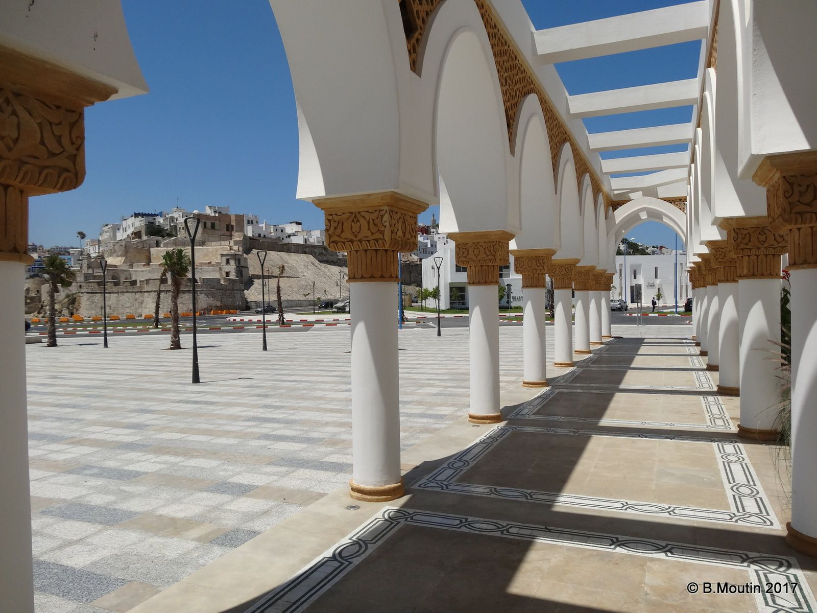 La nouvelle mosquée du Port de Tanger (5 images à cliquer)