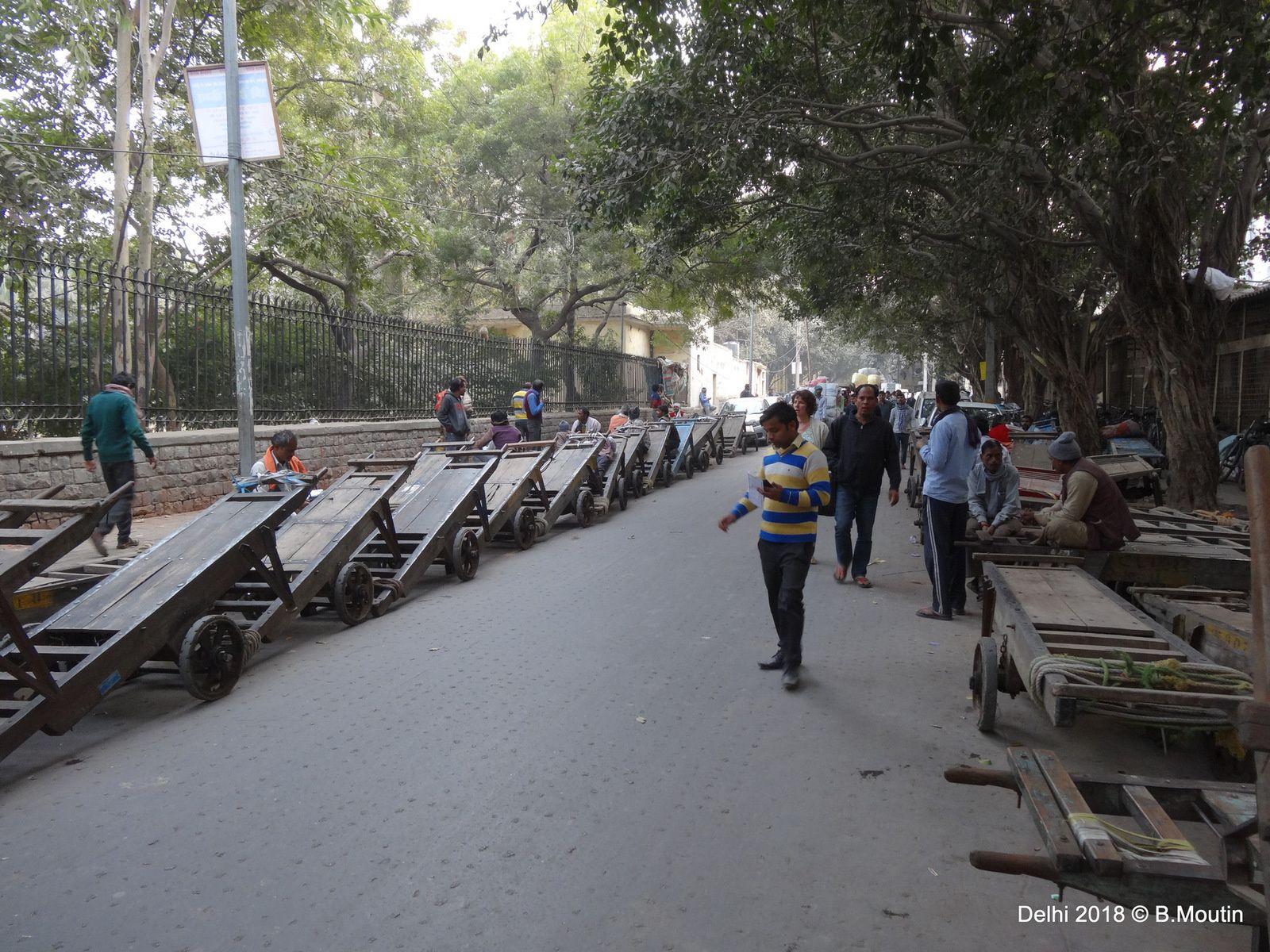 Delhi, des conditions de circulation (et d'embouteillage) spectaculaires (en 11 photos à cliquer)