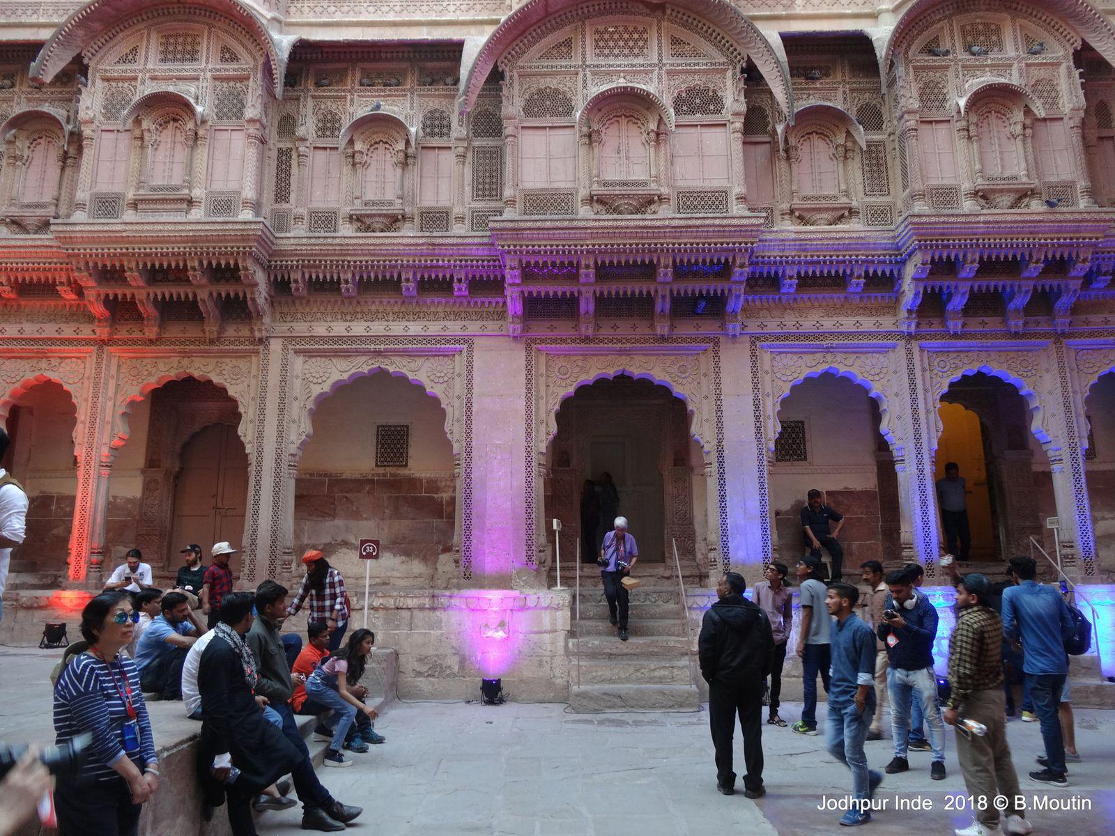 L'intérieur du Fort de Jodhpur au Rajastahan (13 photos)