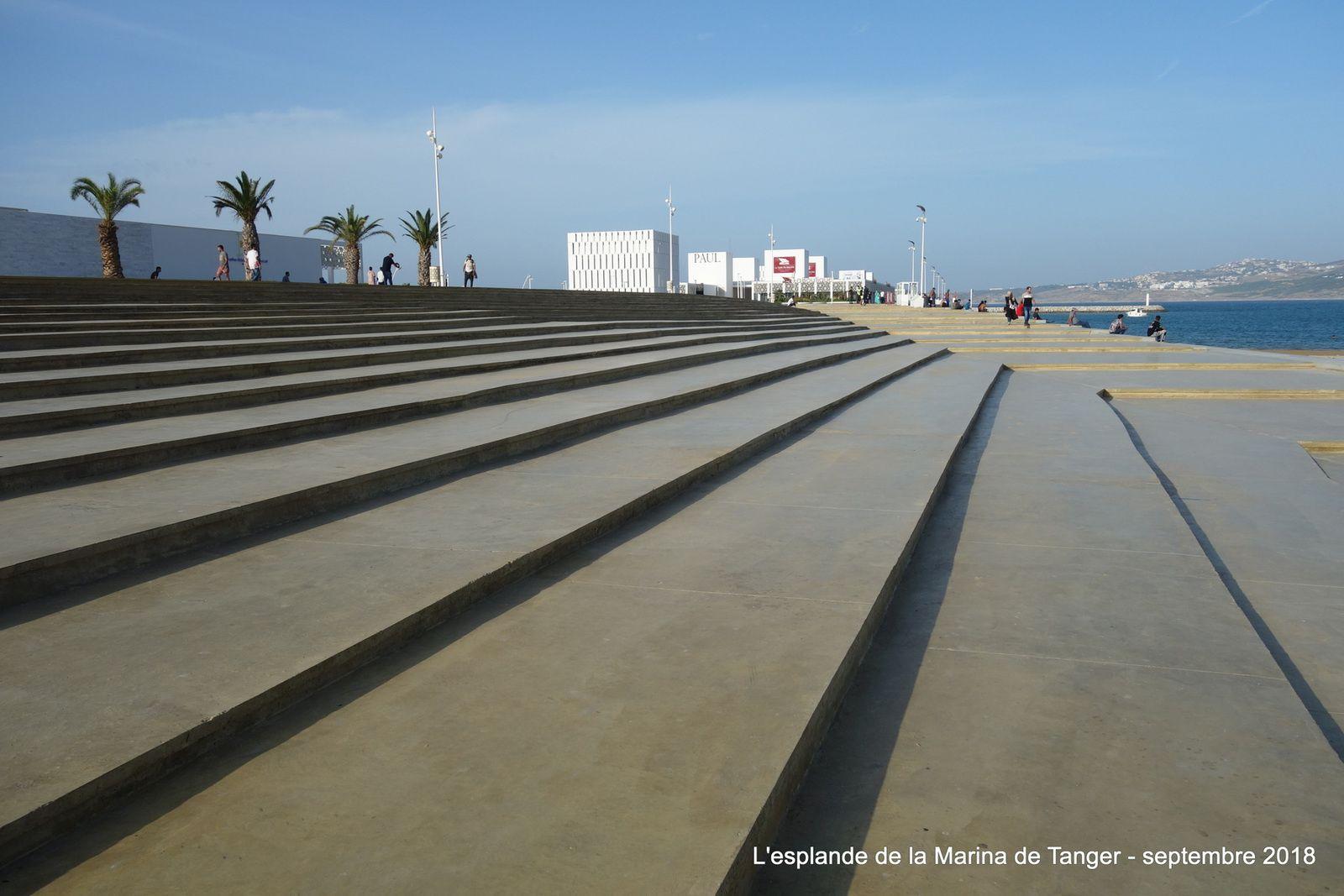 La gigantesque esplanade de la Marina de Tanger (12 photos à cliquer)