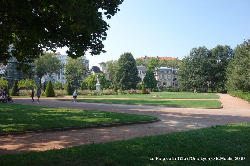 Le Parc de la Tête d'Or et ses belles demeures (12 photos à cliquer)