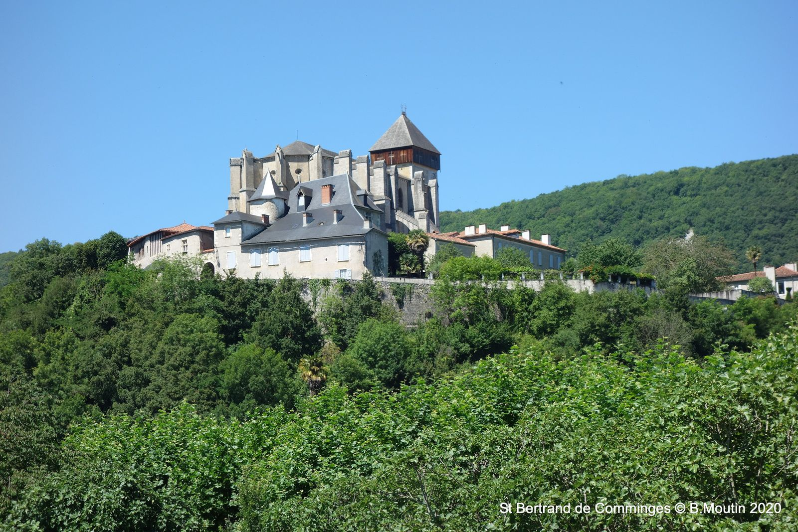 St Bertrand de Comminges (9 photos)