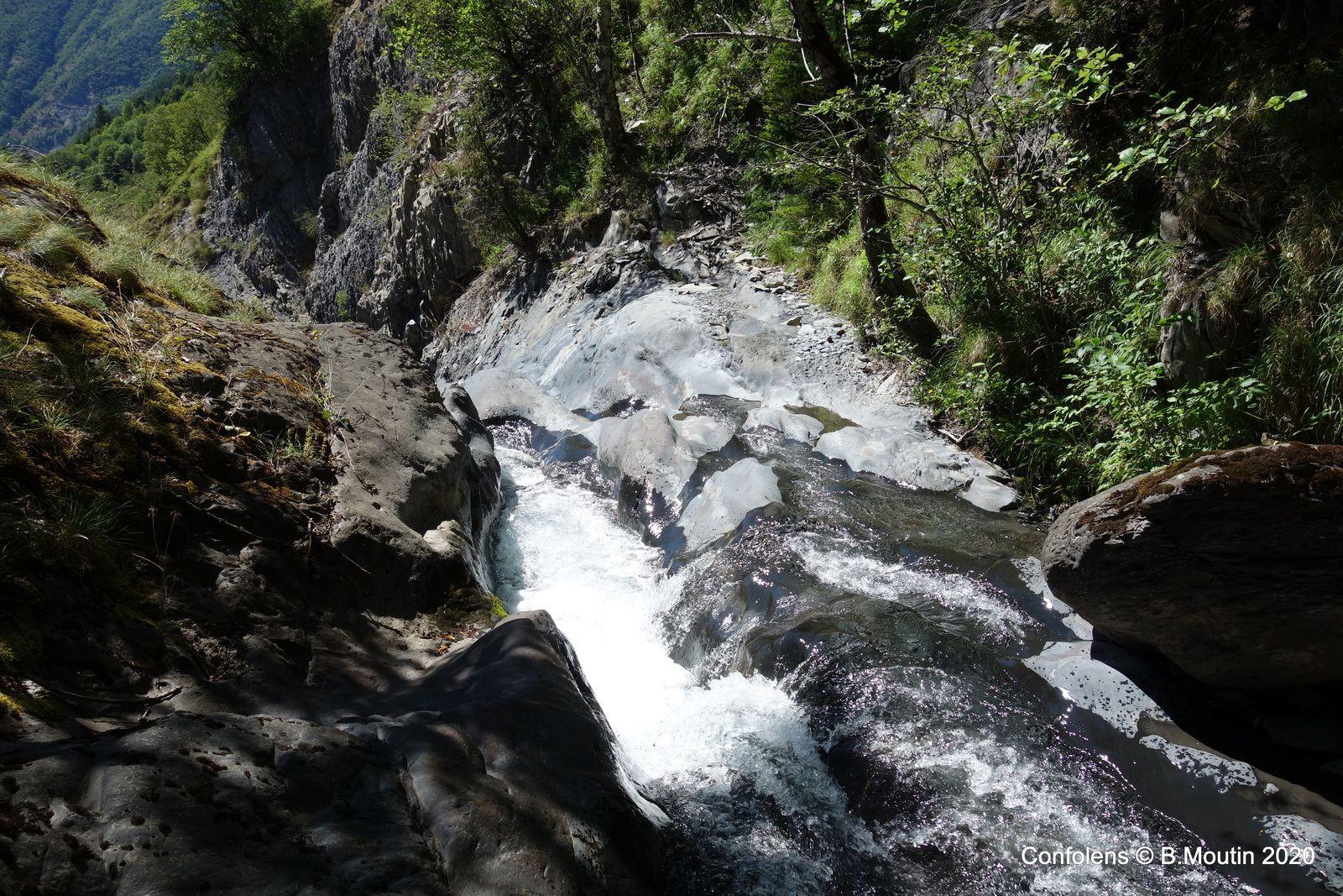 La cascade de Confolens (6 photos à suivre)
