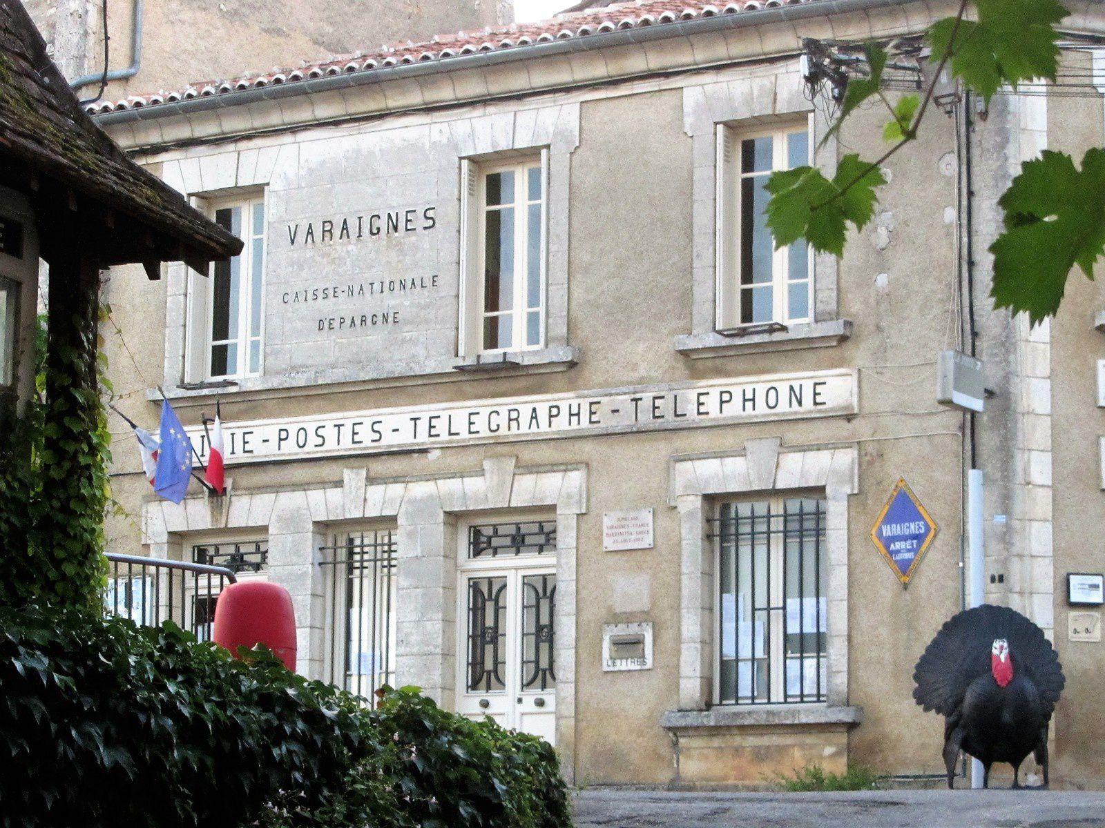 Voilà un mois que je suis revenue de vacances et que j'ai repris le travail. Et je n'ai pas encore eu le temps de vous mettre quelques articles sur ce beau pays qu'est la Dordogne.