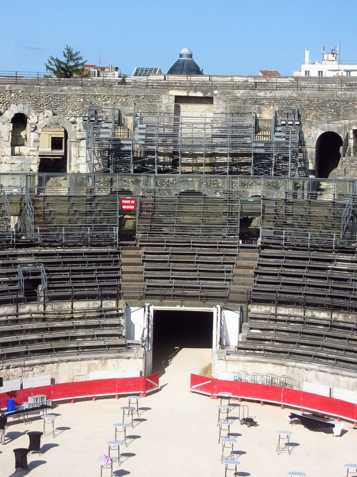 Voici la sortie par laquelle arrivaient les gladiateurs. Car c'est bien d'eux dont je voulais vous parler aujourd'hui.