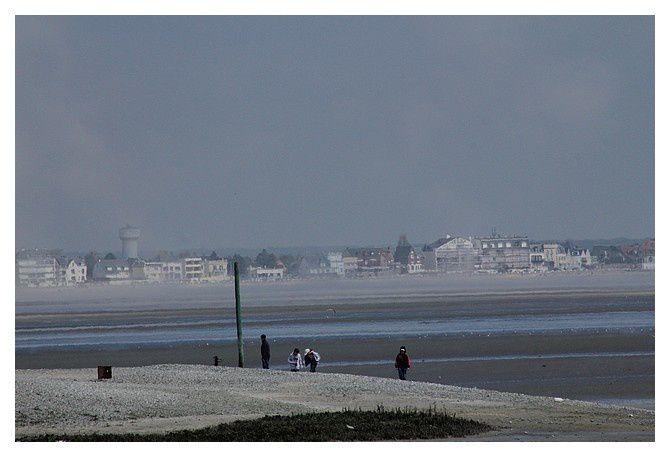 vue depuis Le Hourdel coté sud de la baie de Somme vers Le Crotoy au Nord