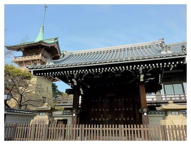 petit temple à identifier