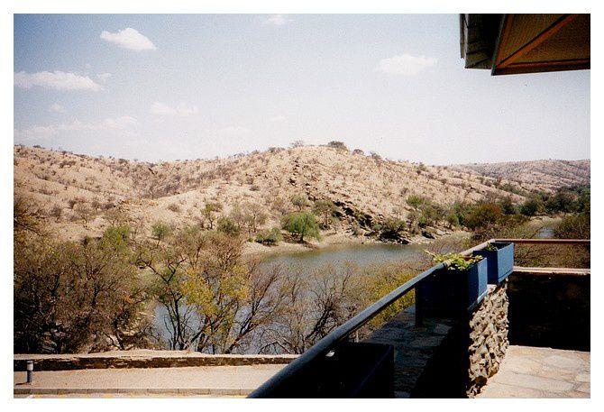 Namibie : Hardap Dam, septembre 1998