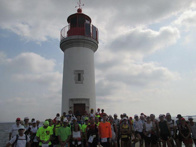 photo de départ au phare des onglous