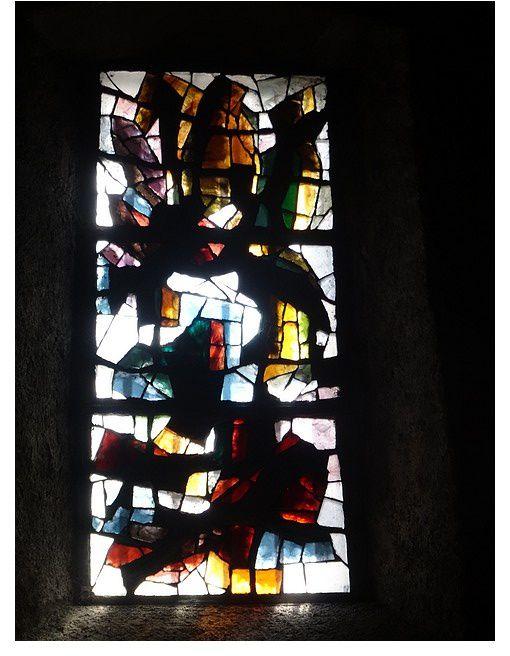 Église Saint-Jean-Baptiste 1961_1963 vitrail par Henri Guérin peintre verrier