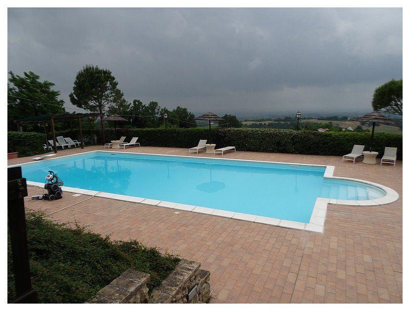la maison, le jardin, la piscine