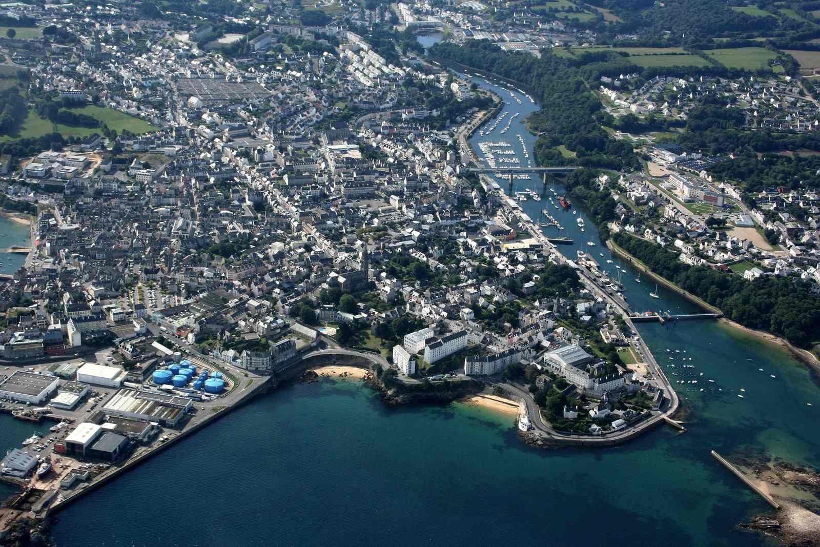 Port-Rhu dans la ria qui sépare Douarnenez de Tréboul.