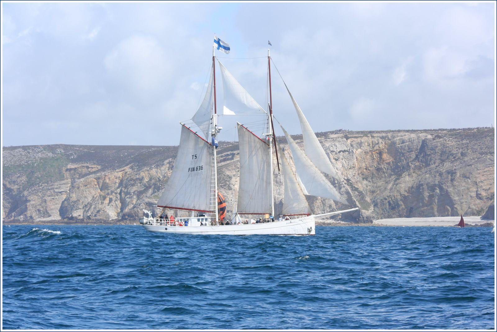 """""""Catégorie"""" : Les voiliers traditionnels : de belles rencontres au large et dans les ports, photos by GeoMar©, 121.exe"""