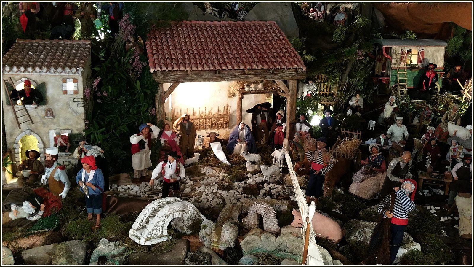 267 -  Décembre 2015, Santons en Provence, Noël...