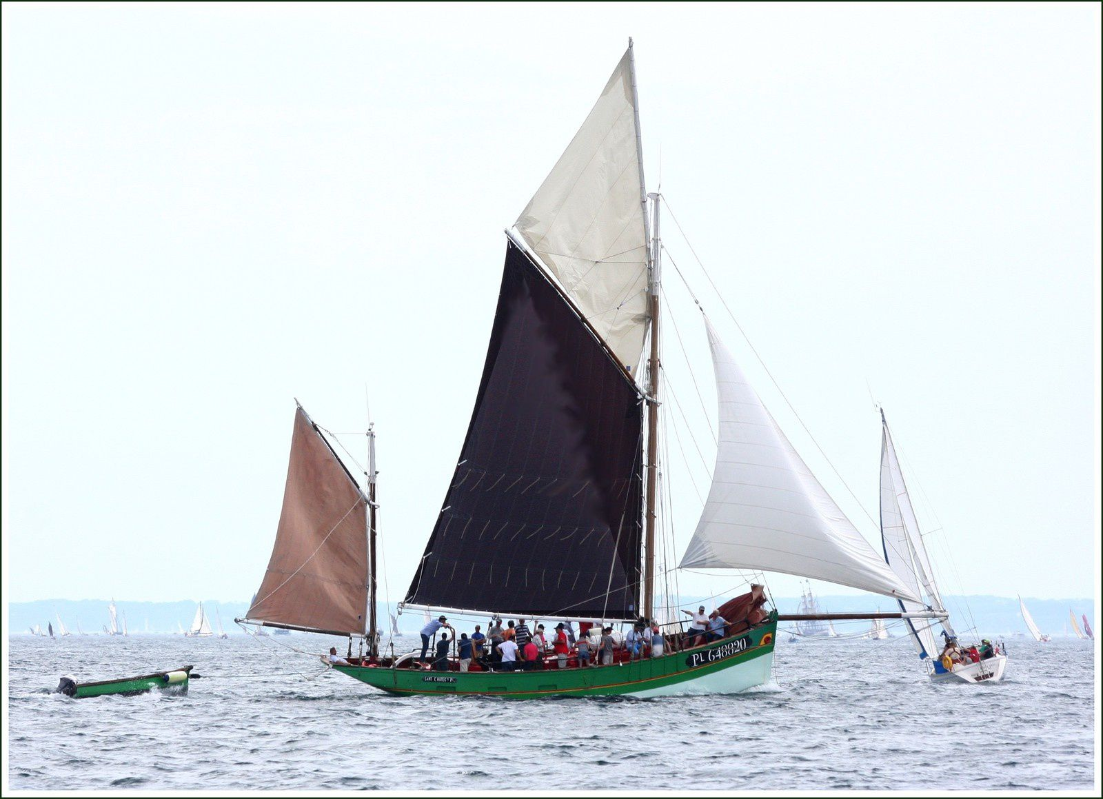 280 - Rencontres bateaux au fil de l'eau, 11ème, 2016 07 19 photos © GeoMar, voiliers armada, parade Brest-Douarnenez, SKELLIG, TELENN MOR, EULALIE, LOLA of SKAGEN, IRIS, PROVIDENT, IMOCA 60, POPOFF, SANT C'HIREG, LA GAILLARDE, PERE DANIEL, ONIROS, IRENE of BRIGWATER, SHTANDART, SWN Y MOR, BERGERE de DOREMY, GENERAL LECLERC, MARGUERITE, EUROPA, IRIS, LA GRANVILLAISE