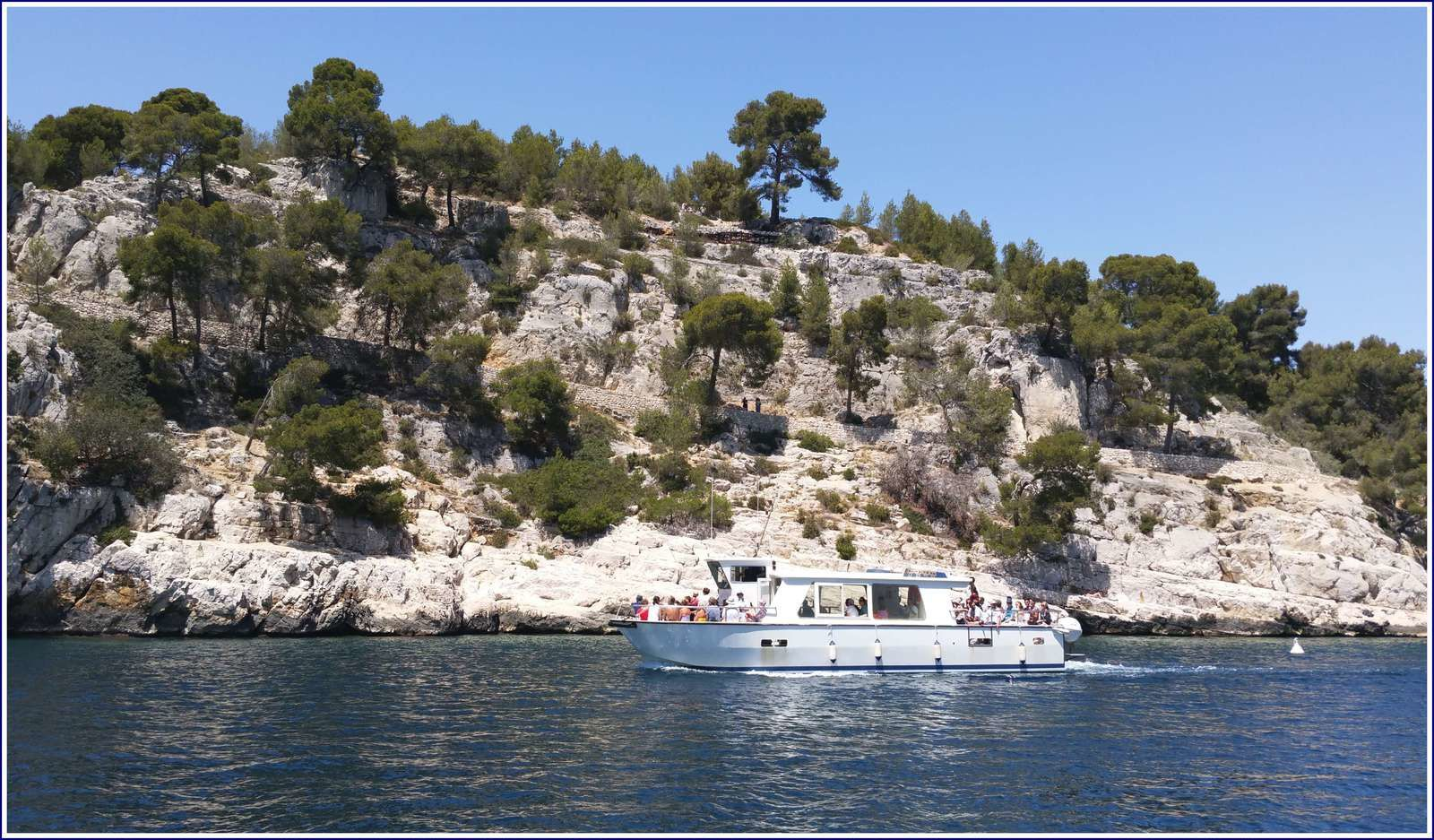 277 - Provence Côte d'Azur, navigation côtière, calanques d'en Vau, Port Pin, Port Miou, Cap Câble vers le port de Cassis juin 2016 photos GeoMar