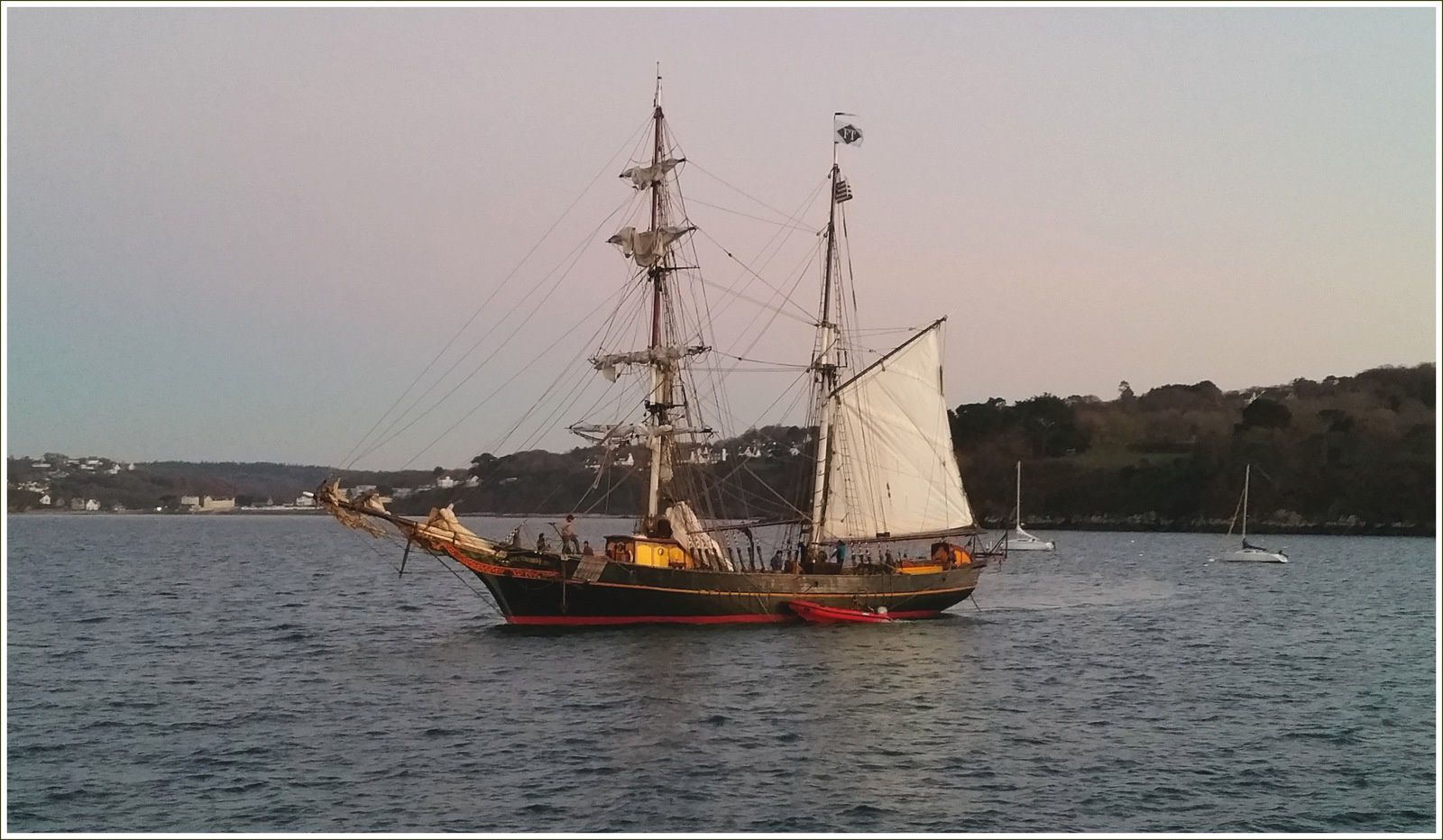 250 - Brick-goélette Tres Hombres, Fairtransport, escale à Port-Rhu, cabotage à la voile, Douarnenez,  TOWT, Trans Oceanic Wind Transport, Voilier de travail, photos by GeoMar