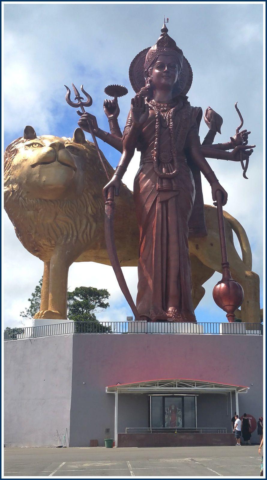 164 -  Ile MAURICE 11, photos, hindouisme, temples tamouls, Shiva, Ganesh, Hanoumân, Lakshmi, Durga, Goodlands, Grand-Bassin, Cap-Malheureux, photos by GeoMar