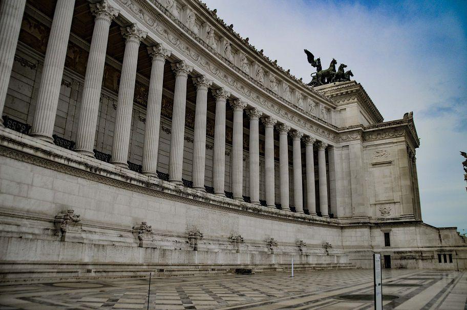 Le monument à Victor Emanuel