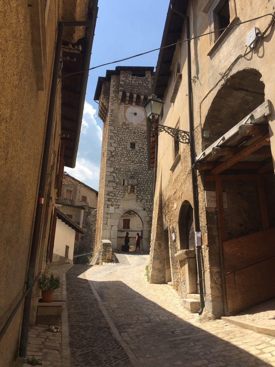 Encore un joli bourg dans les Apennins