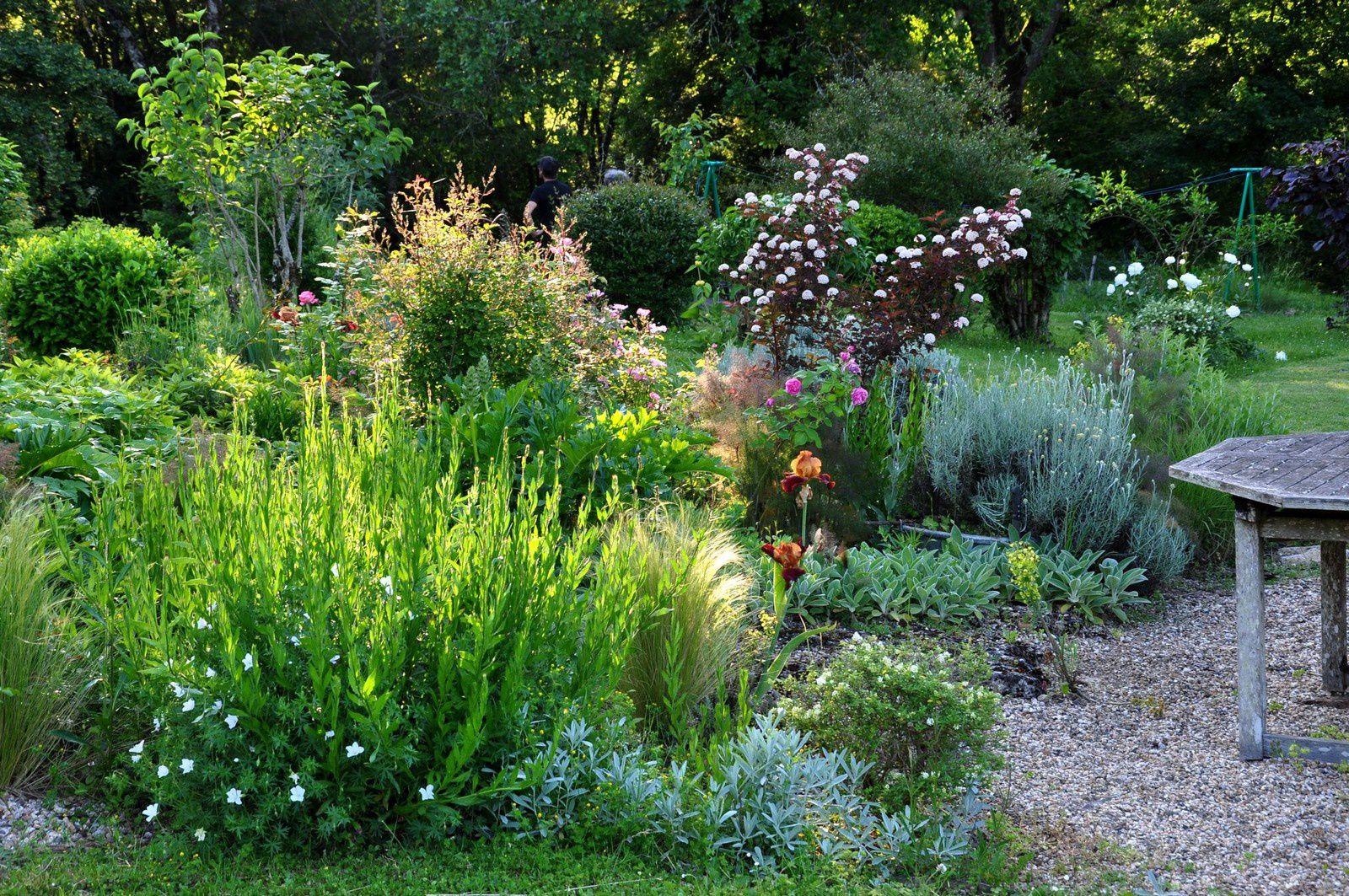 Rouge Cabane : le jardin où les pierres s'apprivoisent