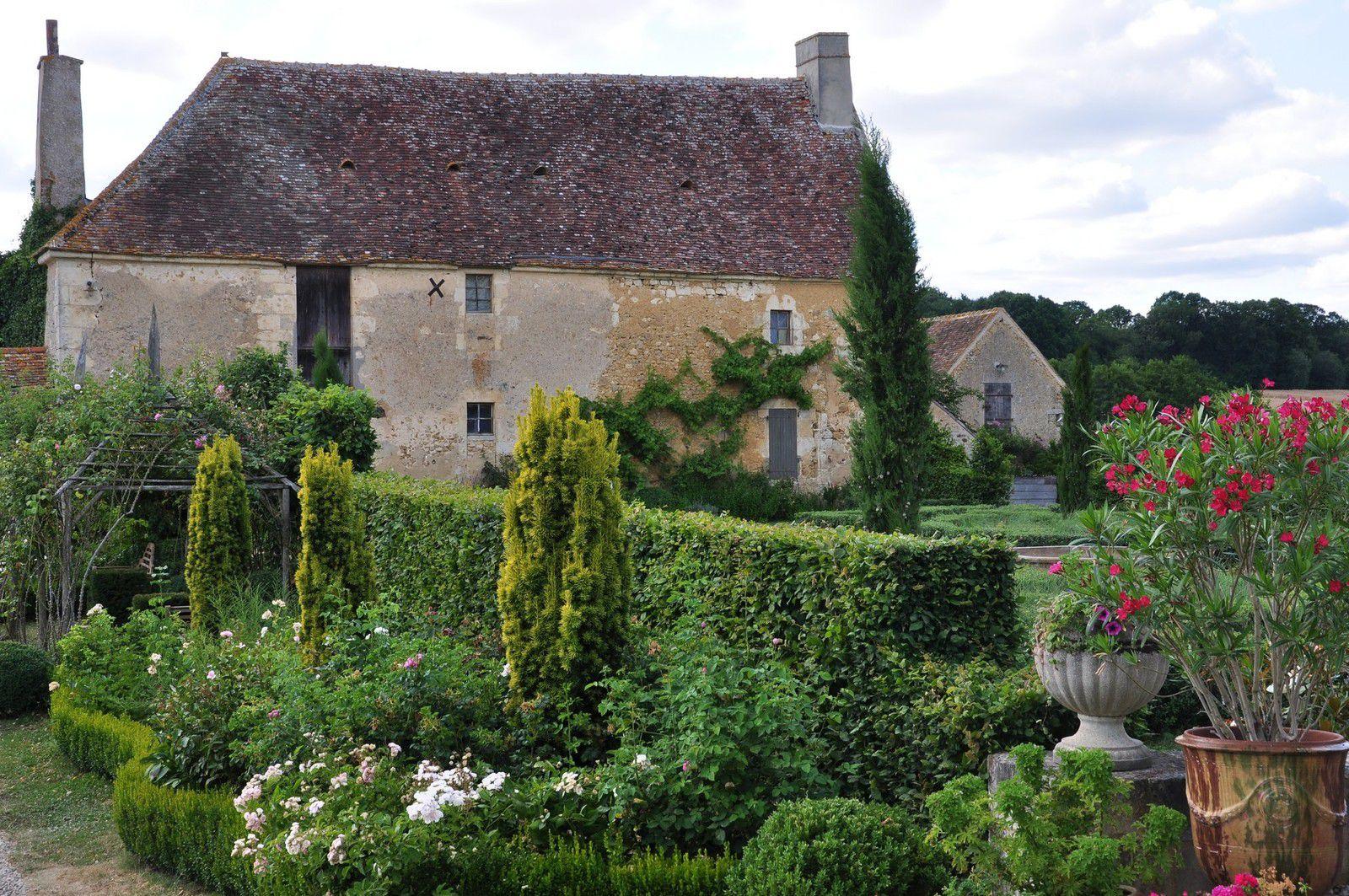 Les jardins de Montperthuis ou quand le classique se fait polymorphe