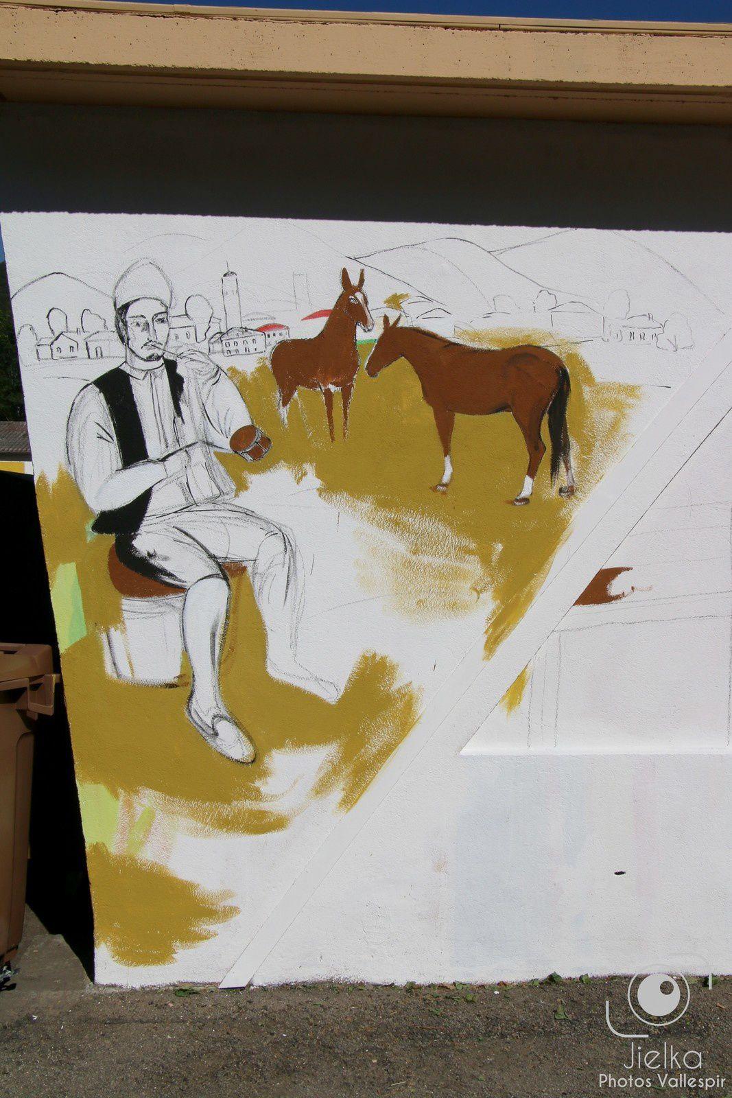 La fresque murale rélisée par Olga et Ilya à l'entrée de la salle des fêtes de Arles sur Tech.