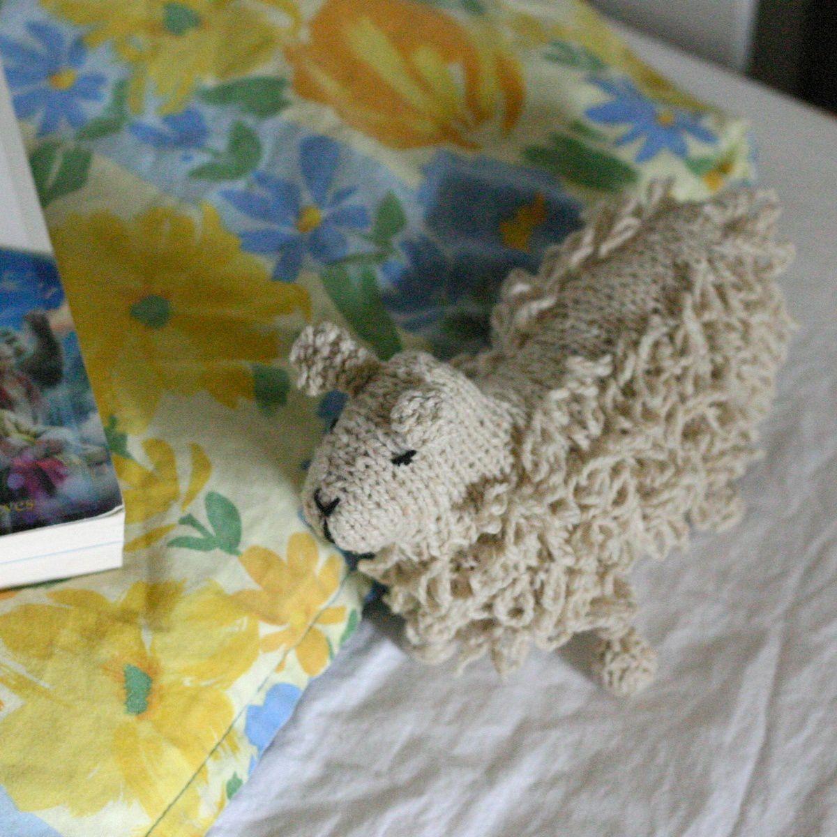 Doudou mouton (tricot)