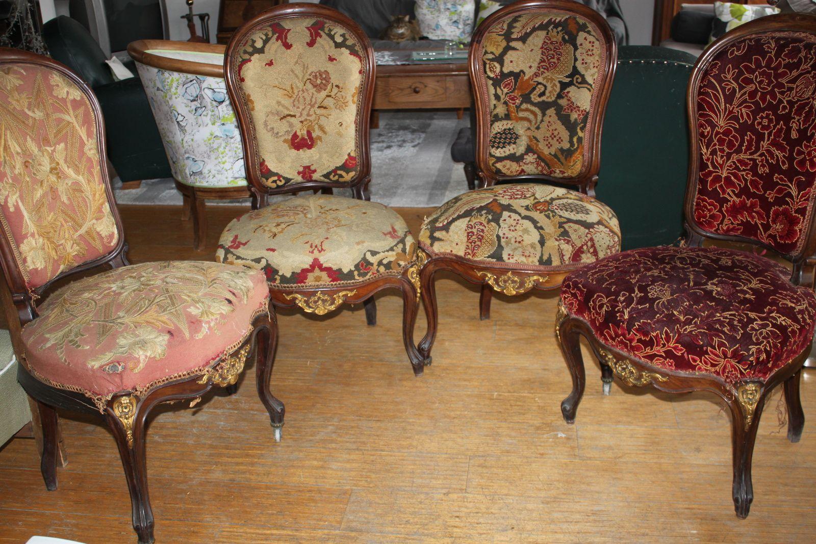 SOS quatre chaises Napoléon III !