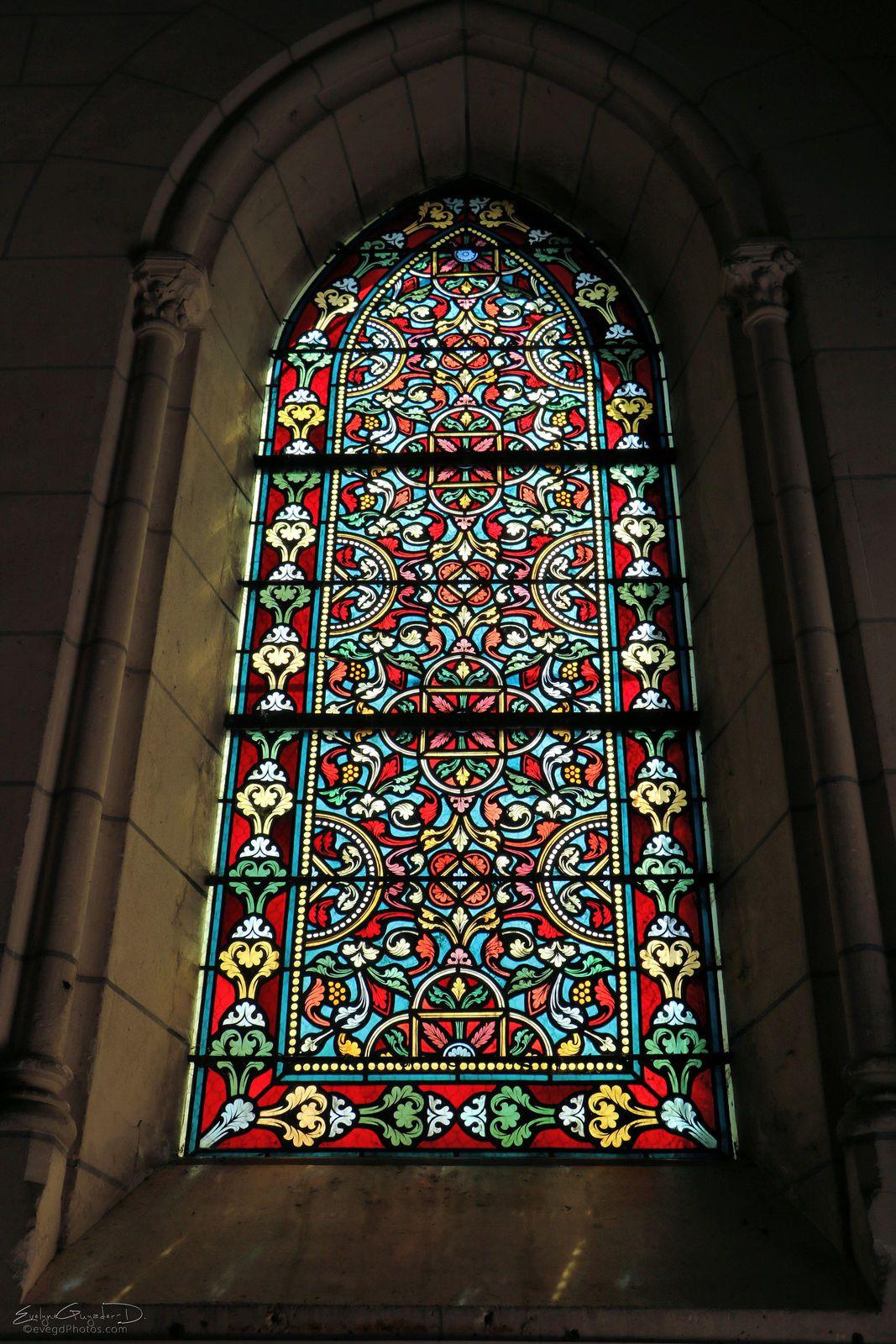 Dans l'église de Rosny..
