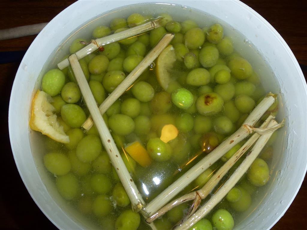 Olives au citron confit