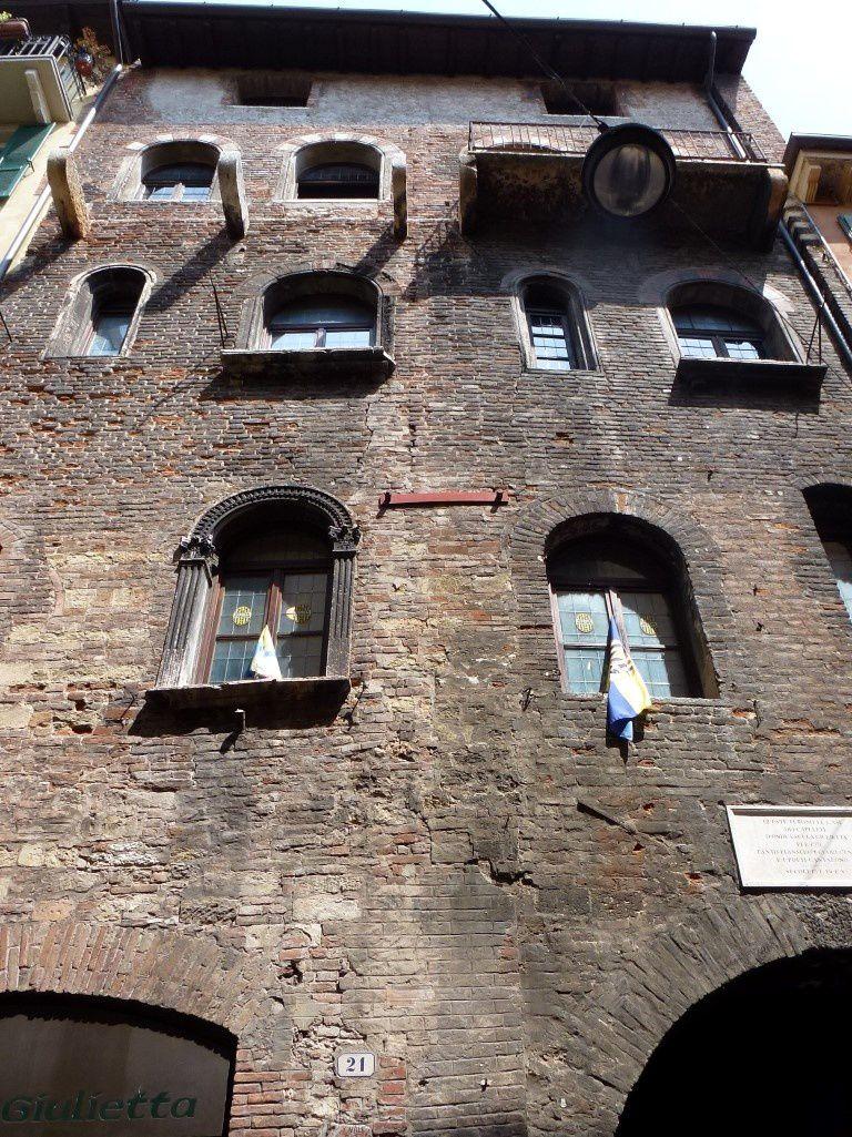Vue de la maison de Juliette sur la Via Cappella
