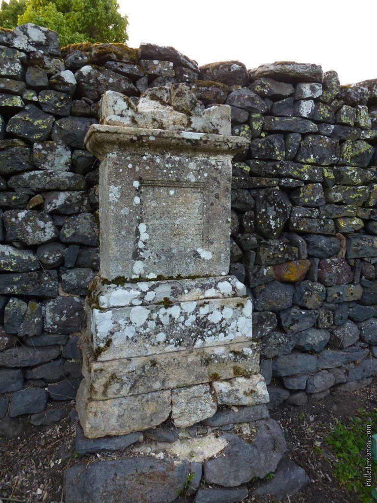 Dans l'ancien cimetière