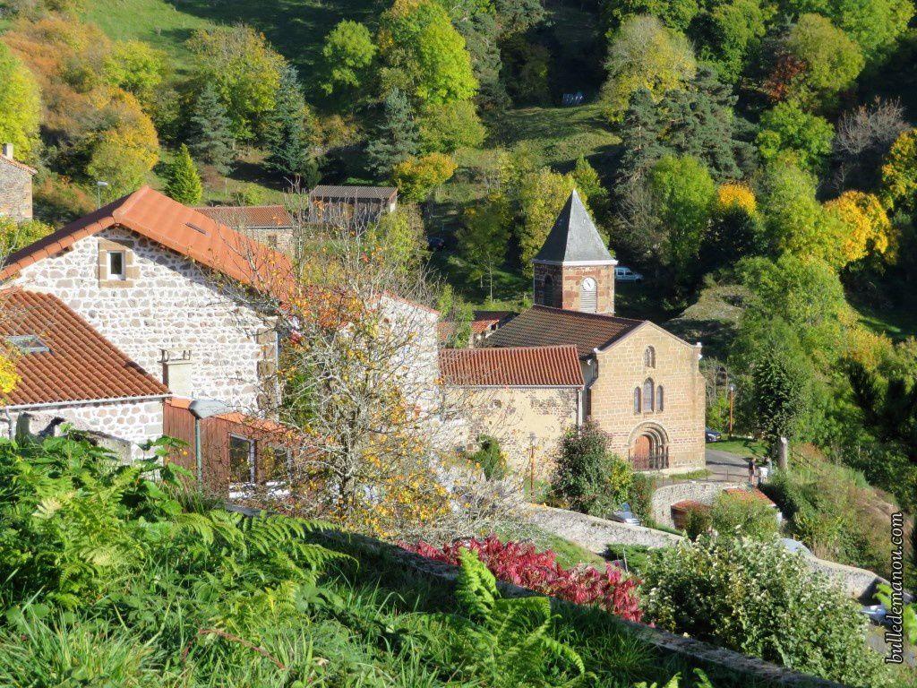 Vue générale du bourg de Saint-Bérain