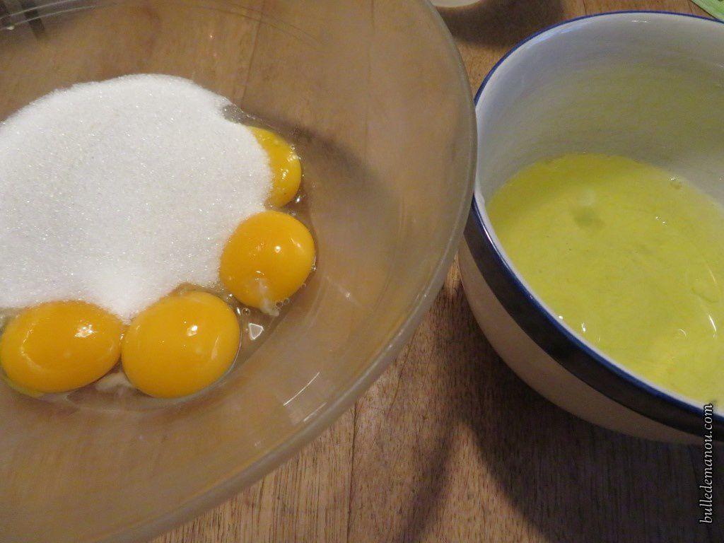 Séparer les blancs des jaunes et ajouter le sucre...
