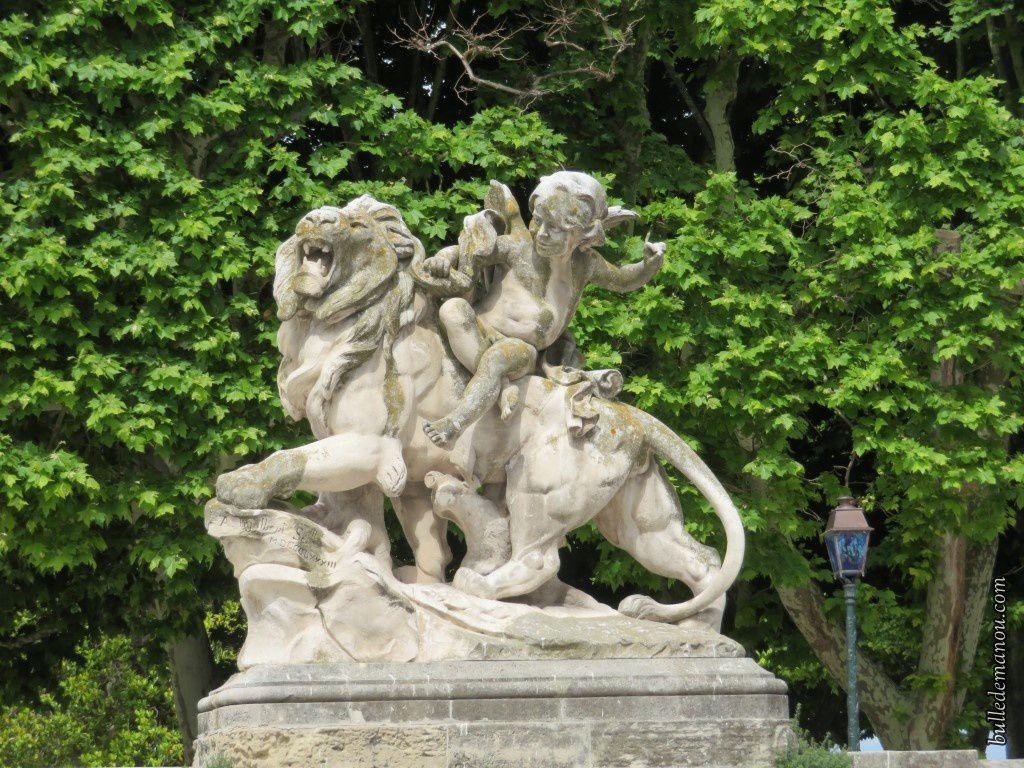 """""""Les enfants aux lions"""" sculptés par Jean-Antoine Injalbert (1883)"""